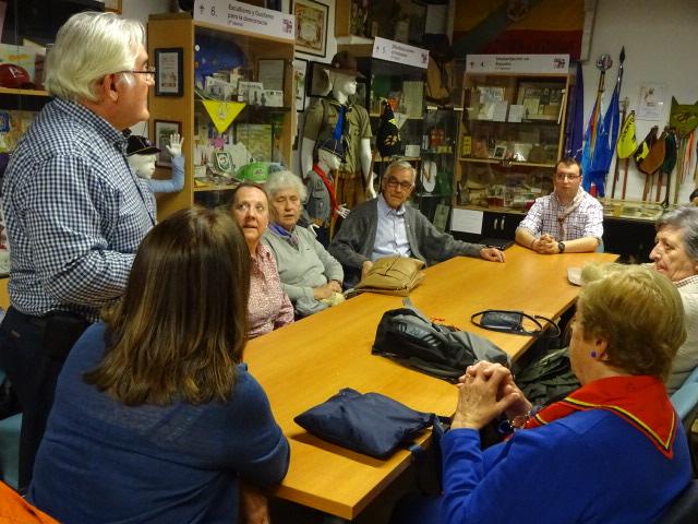 Visita de Lourdes Zabala y Guías a Expo Scout
